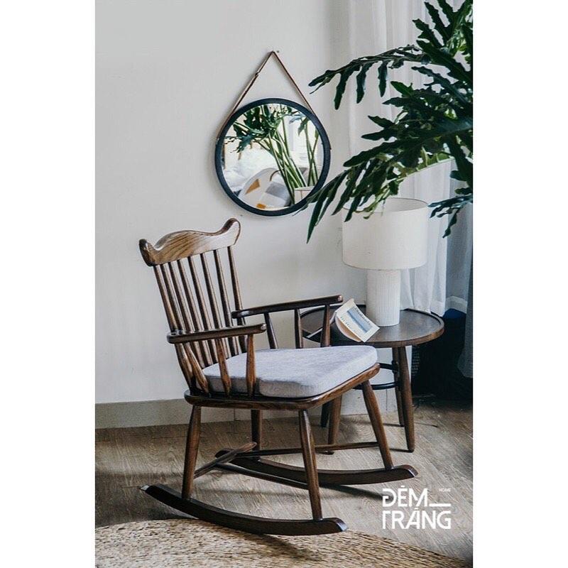 耐久性に優れたアッシュウッドを使用したロッキングチェアロッキングチェア 木製 籐 アッシュウッド デザイナーズチェアー ラウンジチェア ラタン家具 椅子 輸入家具 クッション付 座り心地良い 揺れる おしゃれ#1