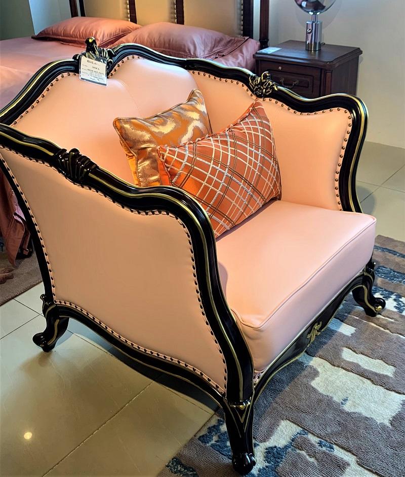 かわいいピンク色の7.5人用 3点ソファーセットデザイナーズソファ 姫系 3点セット 輸入家具 ピンク 猫脚 かわいい 高級ソファー リビングソファー ソファーセット エステ 待合室ソファー 椅子 応接セット#2