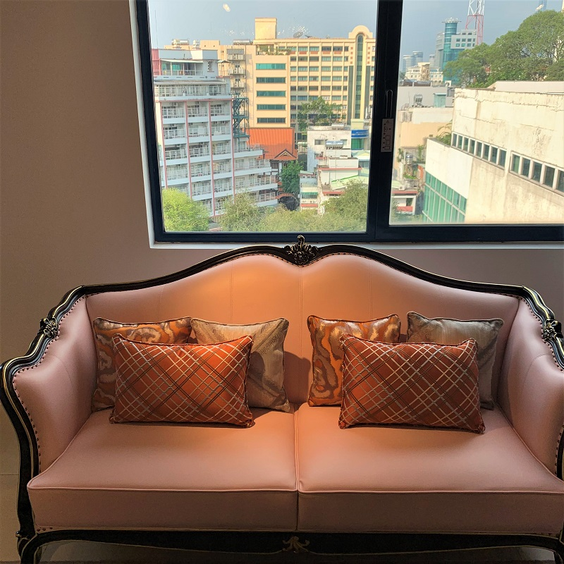 かわいいピンク色の7.5人用 3点ソファーセットデザイナーズソファ 姫系 3点セット 輸入家具 ピンク 猫脚 かわいい 高級ソファー リビングソファー ソファーセット エステ 待合室ソファー 椅子 応接セット#7